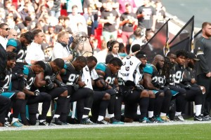 kneeling patriots NFL