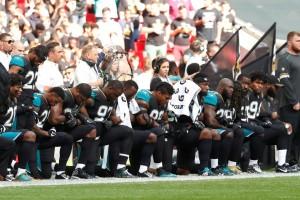kneeling patriots NFL